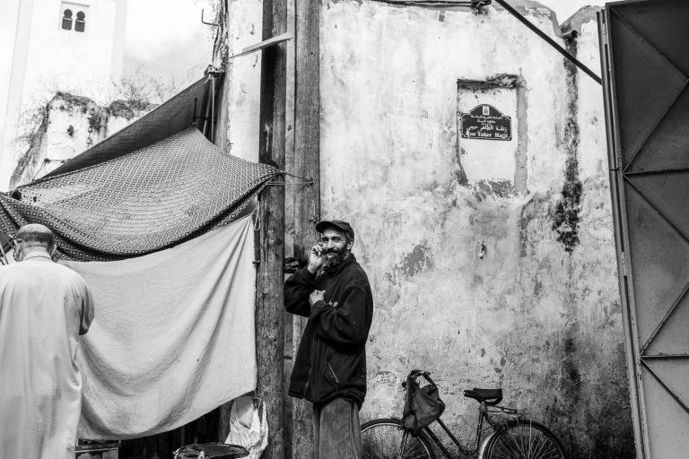 Mann in der Medina, Marokko